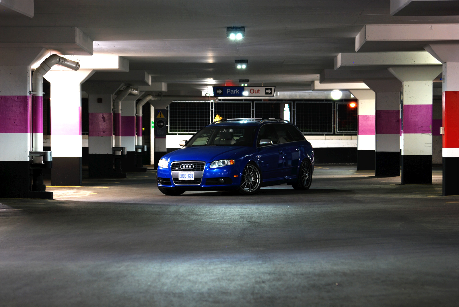 some photos i took last night in a parking garage